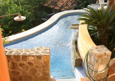 pool-from-stair